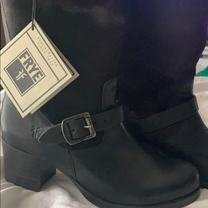 NWT FRYE mid calf boots with cowhide. Black 10